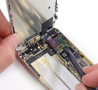 Troca de tela quebrada de iphone